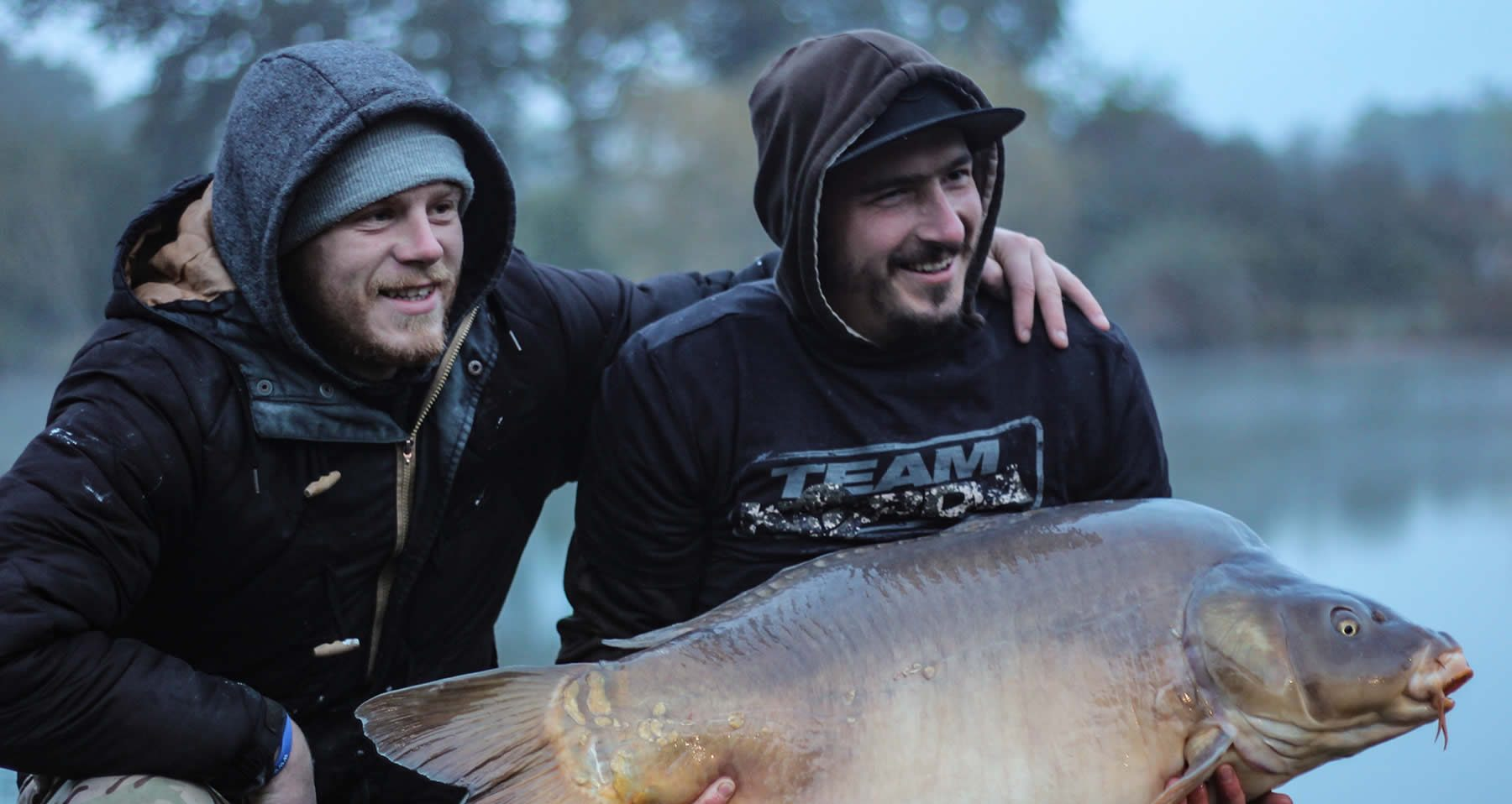 Get Fishing | Two iCARP clients carp fishing together